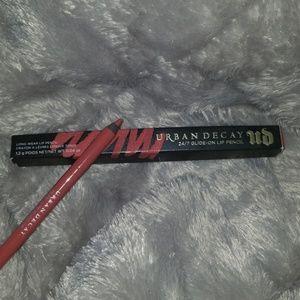 Urban decay 24 -7 lip pencil manic